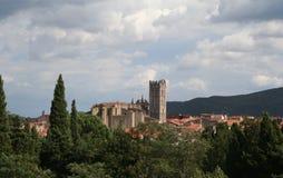 De Toren van de kerk, Ille sur Tet, Frankrijk. Royalty-vrije Stock Foto's