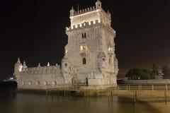 De Toren van de nacht van Belem - Lissabon Royalty-vrije Stock Fotografie