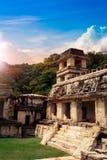 De toren van de Paleisobservatie in Palenque, Maya stad in Chiapas, Mexico royalty-vrije stock foto's