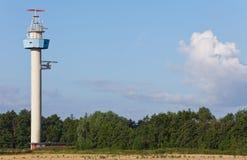 De Toren van de radar Stock Afbeeldingen