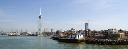 De Toren van de spinnaker en Oud Portsmouth Stock Afbeeldingen
