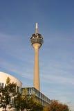 De toren van de televisie Royalty-vrije Stock Foto's