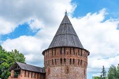 De Toren van de Donder van de vestingsmuur van Smolensk het Kremlin, Smolensk, Rusland Royalty-vrije Stock Afbeeldingen