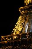 De Toren van Eiffel bij nacht ( La-Reis Eiffel) , Parijs, Frankrijk Royalty-vrije Stock Afbeeldingen