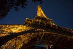 De toren van Eiffel bij nacht, Parijs, Frankrijk, Europa Stock Foto's