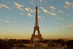 De Toren van Eiffel bij vroege zonsopgang - Parijs Royalty-vrije Stock Fotografie