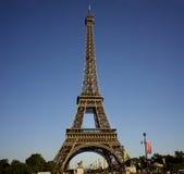 De Toren van Eiffel in de zomer Stock Foto