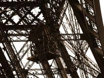 De Toren van Eiffel detailleert de oude lift. Stock Fotografie