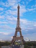 De toren van Eiffel in middag, Pari Stock Afbeeldingen