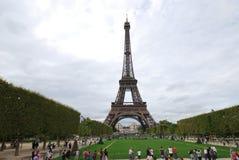 De Toren van Eiffel, oriëntatiepunt, monument, nationaal historisch oriëntatiepunt, toren stock fotografie