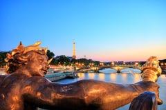De Toren van Eiffel van Pont Alexandre III, Parijs Stock Foto