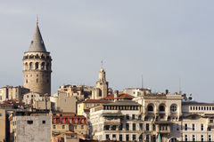 De toren van Galata (Galata Kulesi) Stock Fotografie
