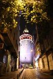 De toren van Galata in Istanboel stock afbeeldingen