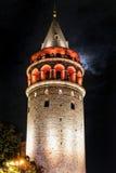 De toren van Galata in Istanboel Turkije stock afbeeldingen