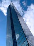 De Toren van Hancock in de Wolken Stock Fotografie