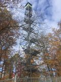De toren van het brandvooruitzicht Stock Afbeeldingen