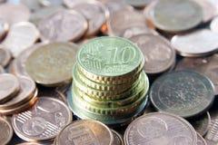 De toren van het geld - bankconcept Stock Afbeeldingen