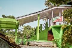 De toren van het het Kamphorloge van de Dungaheuvel, Noordoostelijk India Suntalekhola Samsing, zuidoostelijk entry-punt van Neor stock fotografie