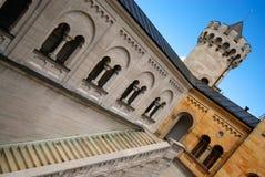 De toren van het kasteel en trap, kasteel Neuschwanstein Royalty-vrije Stock Foto