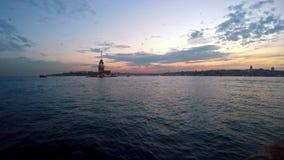 De Toren van het meisje bij Zonsondergang, Istanboel, Turkije stock video