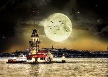 De Toren van het meisje in Istanboel Turkije stock foto