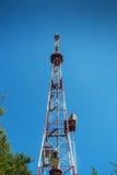 De toren van het telecommunicatiestaal Royalty-vrije Stock Foto