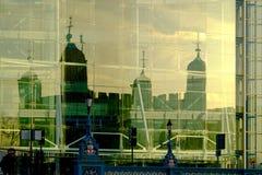 De toren van Londen refected Stock Fotografie