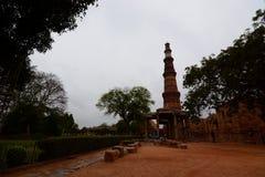 De toren van Minar van Qutb delhi India Royalty-vrije Stock Afbeeldingen