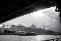 De Toren van Parijs Eiffel van Zegen Cityscape in Zwart-wit royalty-vrije stock afbeeldingen
