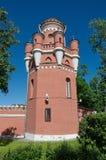 De toren van Petrovsky-reispaleis in Moskou op het Leningradsky-vooruitzicht, Rusland royalty-vrije stock foto