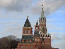 De Toren van Spasskaya van Moskou het Kremlin bij Rood Vierkant in Moskou Rusland stock afbeelding