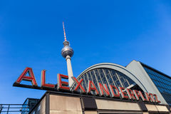 De toren van TV van Berlijn in Alexanderplatz Stock Fotografie