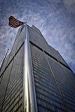 De Toren van Willis en Amerikaanse vlag Royalty-vrije Stock Fotografie