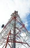 De torenantenne van de celtelefoon Stock Afbeelding
