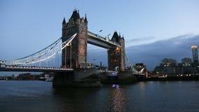De torenbrug van Londen stock footage