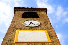 De Torenklok van Castelvetro Stock Foto