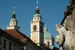 De torens van de kathedraal stock foto's