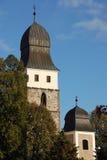 De torens van de kerk in Velka Beten, Tsjechische Republiek Stock Afbeelding