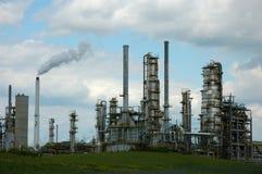 De Torens van de raffinaderij Royalty-vrije Stock Foto