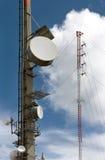 De torens van de transmissie Stock Afbeeldingen
