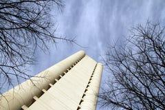 De torens van het Gebied van Emilia-Romagna in Bologna Vandaag ontvangen zij de bureaus van het Gebied van Emilia-Romagna Fieradi stock fotografie