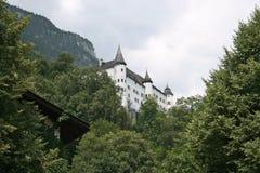De Torens van het Kasteel van Tratzberg, Oostenrijk stock foto