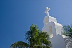 De torenspits van de kerk in Mexico Stock Foto