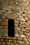 De torenvenster van het kasteel stock foto
