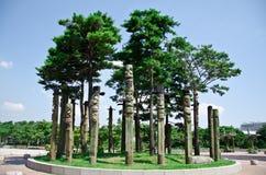 De totempalen in Pyeonghwa parkeren - Seoel Stock Fotografie