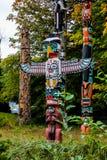 De Totempalen, Stanley Park, Vancouver, BC Stock Foto