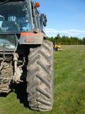 De tractor - landbouwbedrijfapparatuur Stock Afbeeldingen