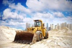 De tractor van de bouw in Doubai stock fotografie