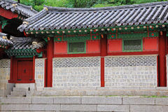 De Traditionele Architectuur van Korea – Gyeongheuigung Stock Afbeeldingen