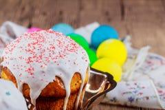 De traditionele cake van Pasen Pasen-lijst Selectieve nadruk Stock Fotografie